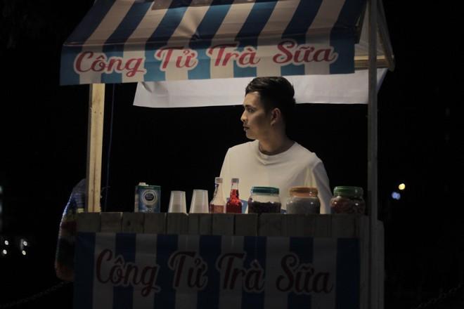 Hồ Quang Hiếu hóa công tử trà sữa - Ảnh 1.