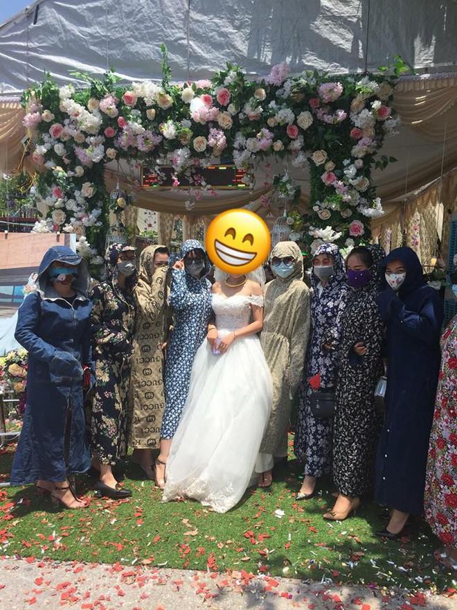 Cười không nhặt được mồm với thời trang đi đám cưới siêu nhắng của hội chị em nhà Ninja - Ảnh 2.