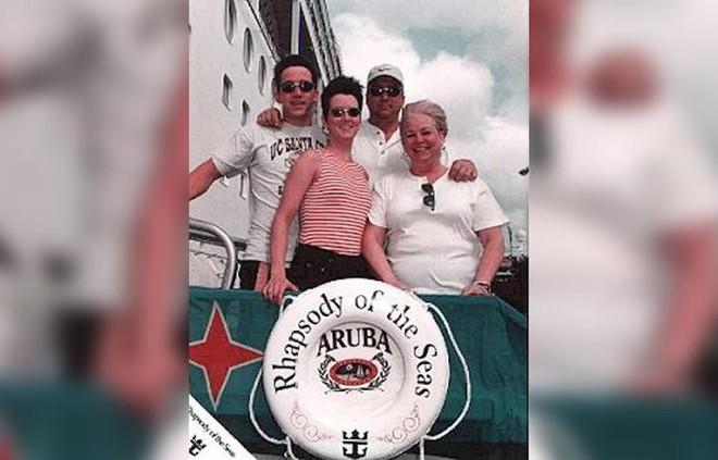 Chuyến du thuyền định mệnh và vụ mất tích bí ẩn của cô gái trẻ khiến cho gia đình tuyệt vọng đau đớn suốt 20 năm - Ảnh 1.