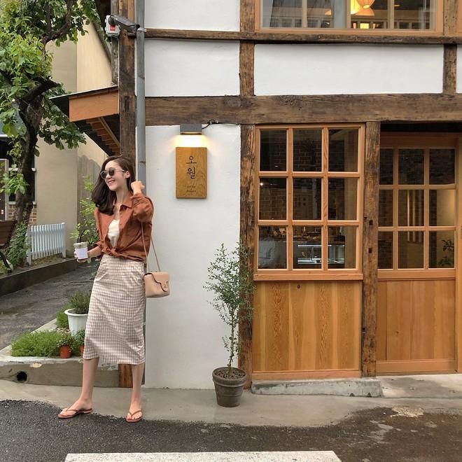 Street style diện toàn màu nền nã ngắm mãi không chán của các quý cô Châu Á - Ảnh 15.