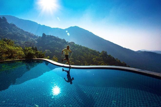 Không cần ra nước ngoài, ngay ở Việt Nam cũng có 5 resort sở hữu bể bơi vô cực đẹp như thiên đường dưới hạ giới - Ảnh 5.