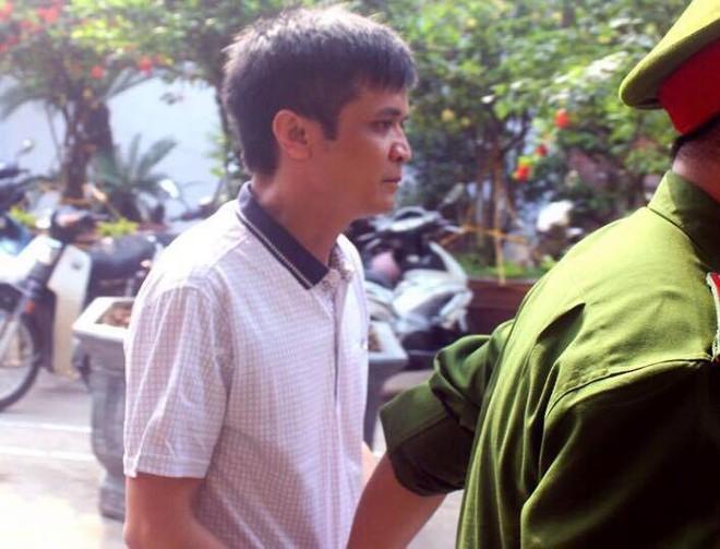 Thầy giáo dâm ô 7 học sinh tiểu học tại Hoài Đức, Hà Nội lĩnh án 6 năm tù - Ảnh 1.