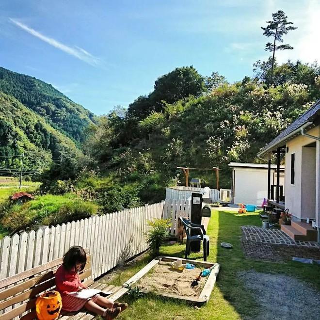 Ngôi nhà nhỏ và cuộc sống đơn sơ của gia đình Nhật Bản ở làng quê khiến bao người ngưỡng mộ - Ảnh 1.