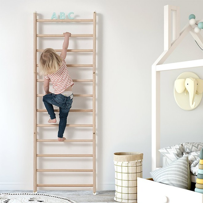 Khám phá những tác dụng bất ngờ từ chiếc thang gỗ trong phòng trẻ - Ảnh 2.