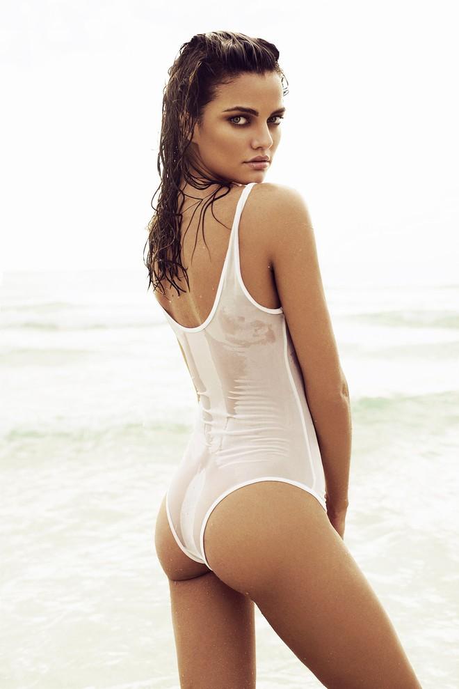 Muốn đẹp như siêu mẫu Barbara Fialho, chị em nên tập tạ theo cách này để giữ dáng - Ảnh 2.