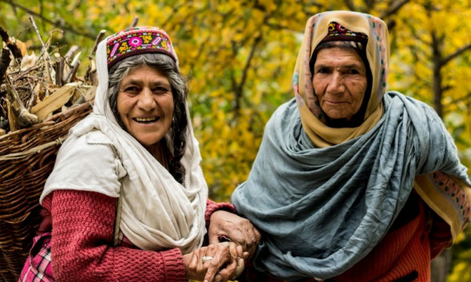 Vùng đất lạ kỳ nơi phụ nữ 60 tuổi vẫn có thể sinh con, 900 năm qua không ai mắc bệnh ung thư - Ảnh 4.