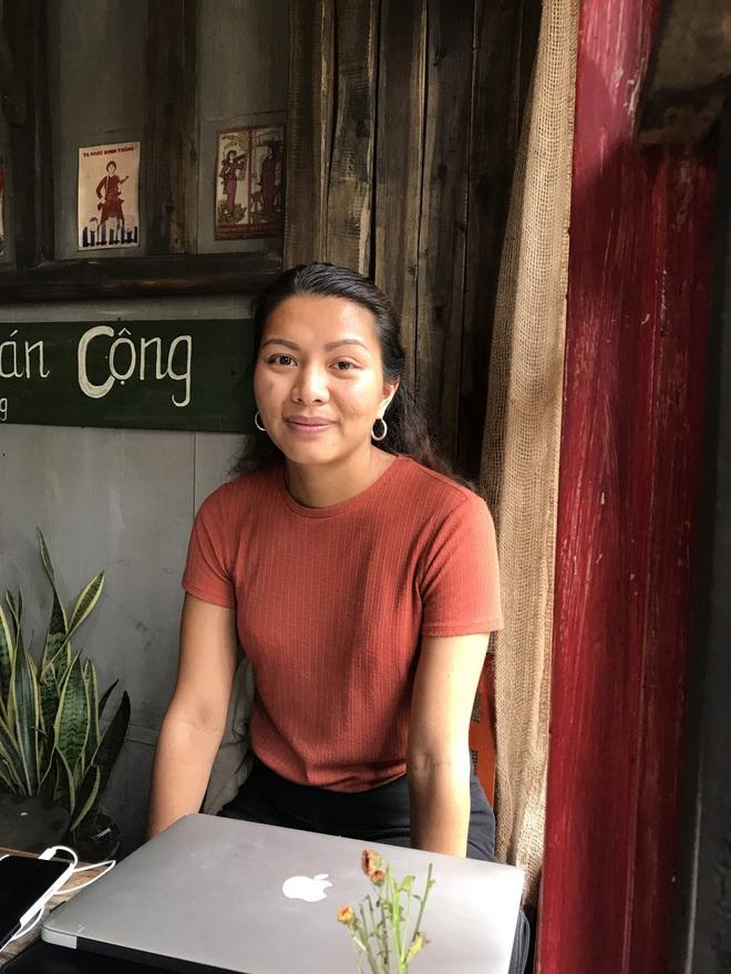 Được cho đi làm con nuôi người Thụy Điển từ khi vài ngày tuổi, cô gái Việt trở lại Hà Nội để tìm mẹ ruột - Ảnh 14.