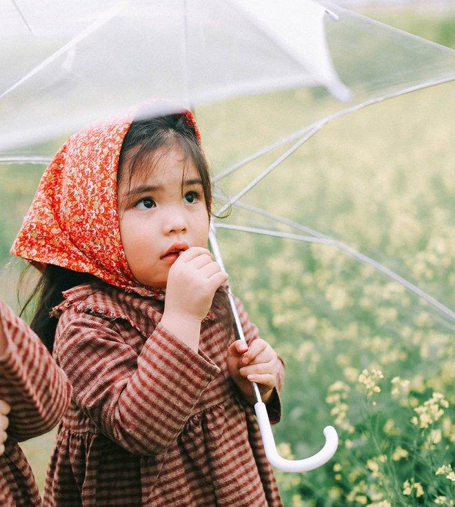 Bộ ba bạn thân Mầm - Mũm - Mon xuất hiện siêu yêu trong bộ ảnh chụp trên cánh đồng hoa cải - Ảnh 31.