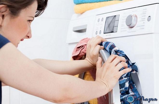 Ngừng ngay những thói quen này nếu không muốn chiếc máy giặt thân yêu bị hỏng - Ảnh 3.