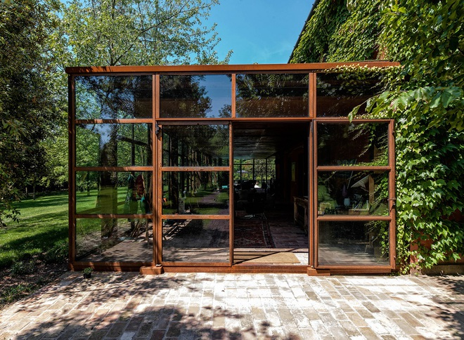 Ngôi nhà 450m² ở vùng quê được bao quanh bởi cây xanh tươi tốt khiến ai nhìn thấy cũng thích - Ảnh 5.