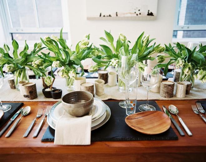 5 cách giúp bàn ăn đẹp lãng mạn và ấm cúng trong những ngày đầu năm - Ảnh 9.