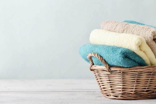 Làm sạch mọi đồ dùng, giúp nhà siêu sạch chỉ bằng giấm ăn thông thường - Ảnh 3.