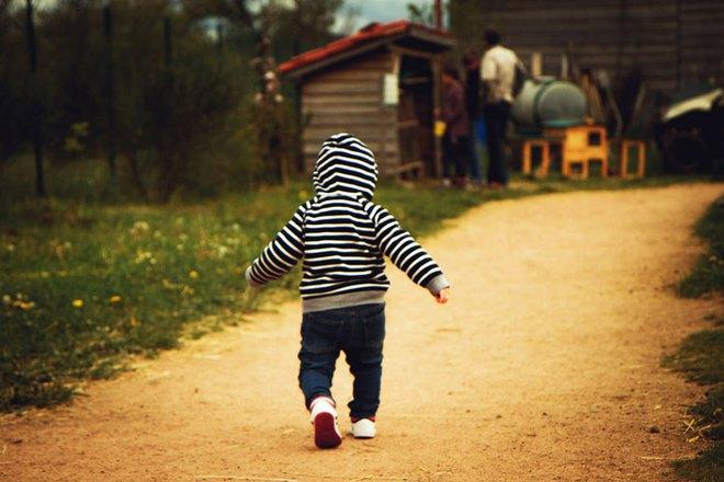 Hướng dẫn bố mẹ cách luyện cơ cho con để bé cứng cáp và nhanh biết đi - Ảnh 5.