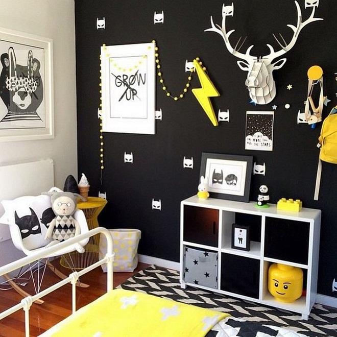 Những kiểu trang trí tường đen thật đẹp mắt trong phòng ngủ của các bé - Ảnh 13.