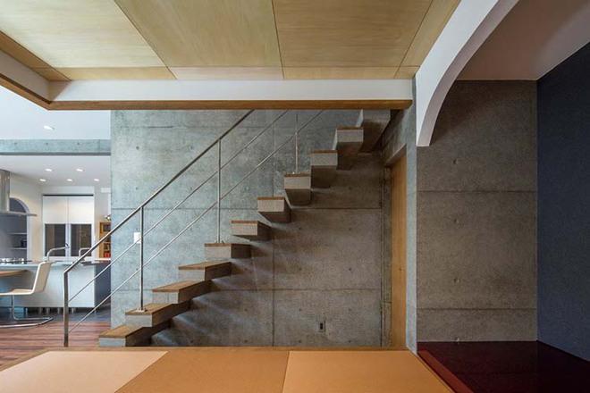 Nếu bạn nghĩ đơn giản sẽ khó tạo ấn tượng thì phải nhìn ngay những mẫu cầu thang này - Ảnh 15.