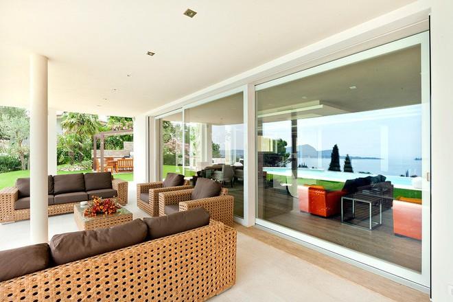 Ghi điểm tuyệt đối với khách đến nhà bằng những mẫu hiên nhà tuyệt vời này - Ảnh 10.