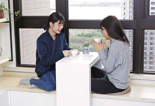 Căn hộ rộng đẹp và thoáng nhờ khéo thiết kế hệ thống lưu trữ thông minh của hai cô gái độc thân - Ảnh 5.