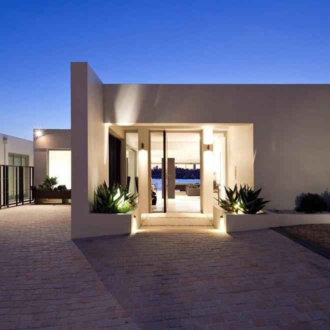 Chỉ lối vào nhà thôi cũng có đủ kiểu thiết kế cho bạn lựa chọn rồi - Ảnh 7.