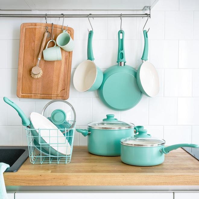 Những món phụ kiện bếp đẹp đến lịm tim dành cho tín đồ gam màu pastel - Ảnh 1.