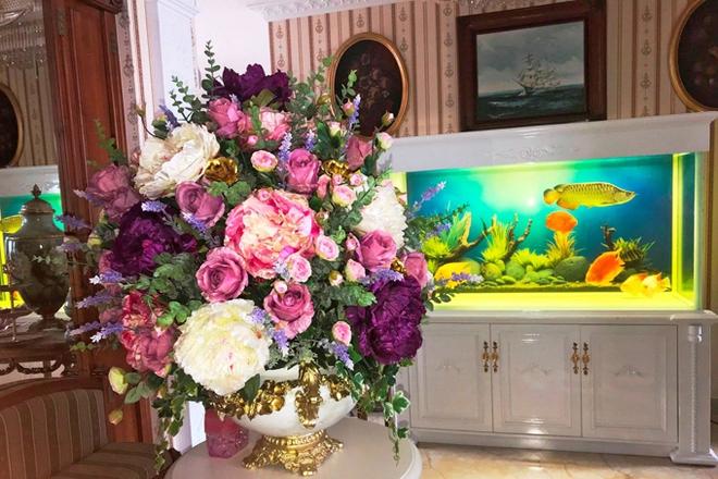 Chiêm ngưỡng ngôi nhà dát vàng triệu đô của nam ca sĩ Nathan Lee ở Hà Nội - Ảnh 13.