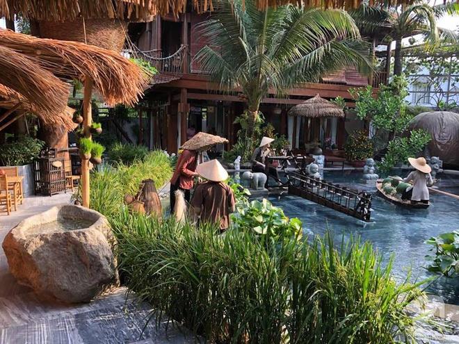 Thăm căn nhà vườn rộng đến 2000m² đậm chất quê của NTK Đinh Văn Thơ giữa lòng Sài Gòn - Ảnh 4.