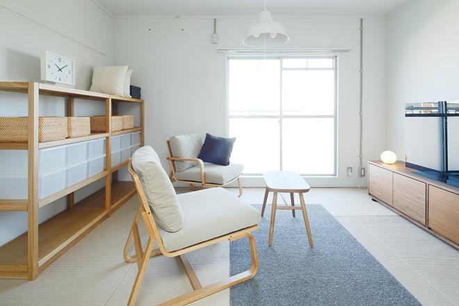 """Căn hộ nhỏ 56m² thoáng sáng bất ngờ nhờ tiện nghi """"tối giản"""" ở Nhật - Ảnh 9."""