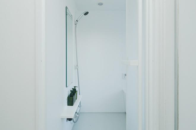 """Căn hộ nhỏ 56m² thoáng sáng bất ngờ nhờ tiện nghi """"tối giản"""" ở Nhật - Ảnh 15."""