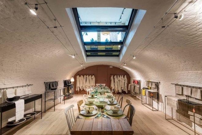 Khám phá vẻ đẹp đậm chất Địa Trung Hải trong căn hộ rộng tới 285m² - Ảnh 10.