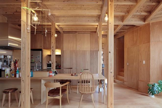 Ngôi nhà hai tầng đẹp lạ lùng được thiết kế theo phong cách tối giản nhìn xa như một cây nấm nhỏ ở Nhật - Ảnh 6.