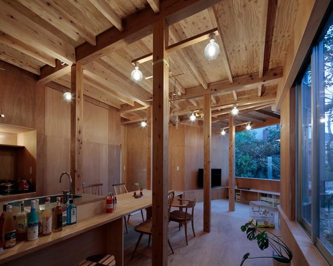 Ngôi nhà hai tầng đẹp lạ lùng được thiết kế theo phong cách tối giản nhìn xa như một cây nấm nhỏ ở Nhật - Ảnh 10.