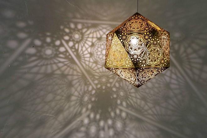 Những mẫu đèn trang trí cực đẹp khiến ai xem xong cũng muốn sở hữu một cái trong nhà - Ảnh 13.