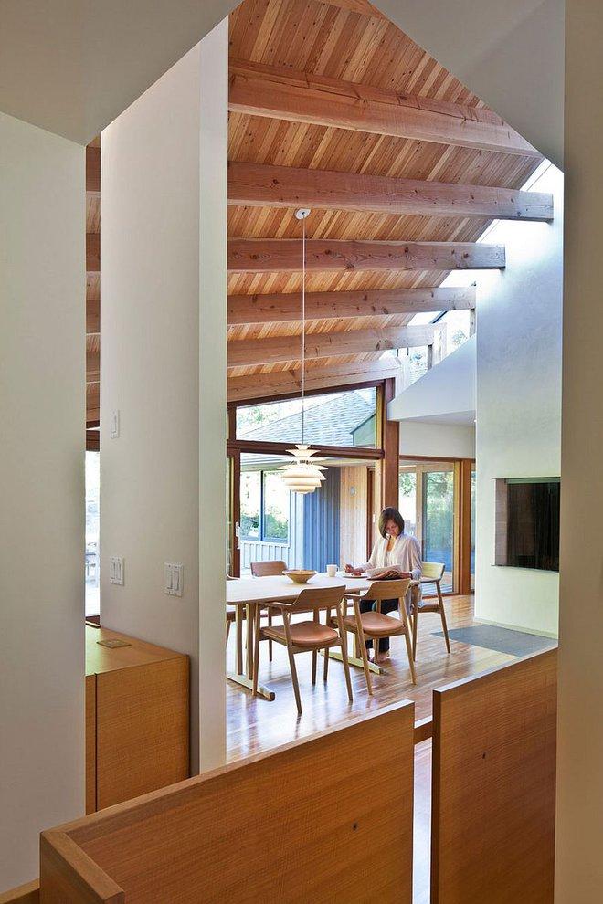 Lấy chủ đề là gỗ với không gian sống mở hoàn toàn với thiên nhiên, đây chính là ngôi nhà mà ai cũng ao ước - Ảnh 5.