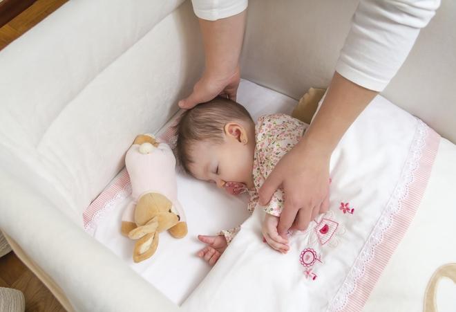 Muốn luyện ngủ cho con thành công giúp bé vào nếp nhanh, đây là 6 yếu tố tiên quyết cần tuân thủ - Ảnh 2.