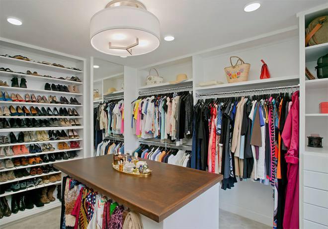 Những tủ quần áo tuyệt đẹp với nhiều tiện ích khiến ai nhìn cũng mê mẩn   - Ảnh 1.