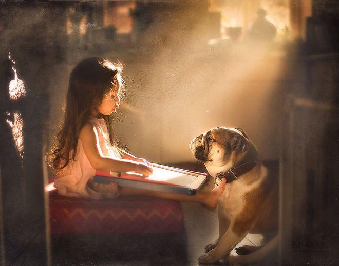 Ngắm những thiên thần bé nhỏ say gấc bên thú cưng đáng yêu - Ảnh 22.