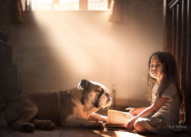 Ngắm những thiên thần bé nhỏ say gấc bên thú cưng đáng yêu - Ảnh 27.