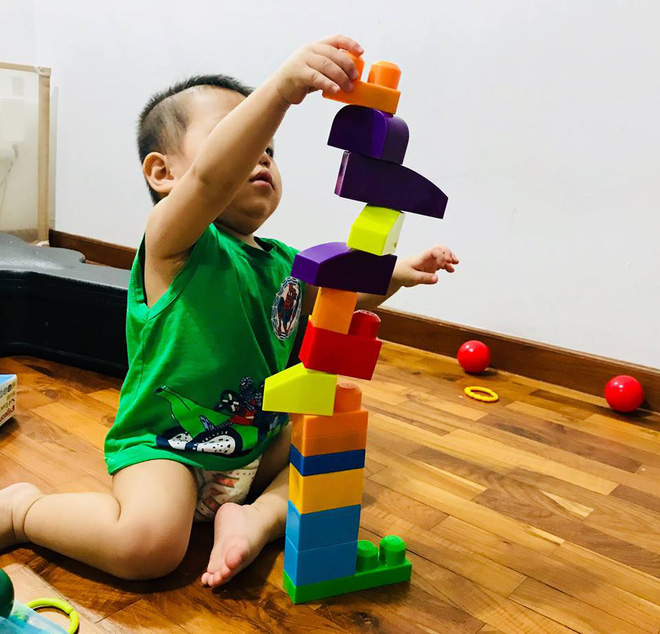 Gặp bà mẹ siêu sáng tạo hay gom rác chơi với con, lợi đủ trăm đường mà không tốn mấy đồng mua đồ chơi - Ảnh 17.