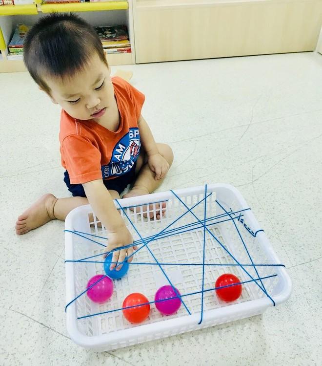 Gặp bà mẹ siêu sáng tạo hay gom rác chơi với con, lợi đủ trăm đường mà không tốn mấy đồng mua đồ chơi - Ảnh 19.