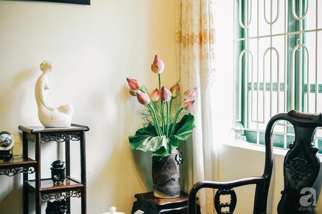 Ngôi nhà ở phố cổ Hà Nội đẹp như một bức tranh hoài niệm về quá khứ, tạo nên cảm giác yên bình và vô cùng lãng mạn - Ảnh 7.