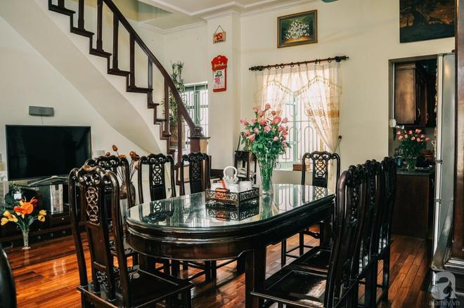 Ngôi nhà ở phố cổ Hà Nội đẹp như một bức tranh hoài niệm về quá khứ, tạo nên cảm giác yên bình và vô cùng lãng mạn - Ảnh 11.