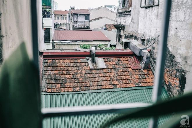 Ngôi nhà ở phố cổ Hà Nội đẹp như một bức tranh hoài niệm về quá khứ, tạo nên cảm giác yên bình và vô cùng lãng mạn - Ảnh 23.