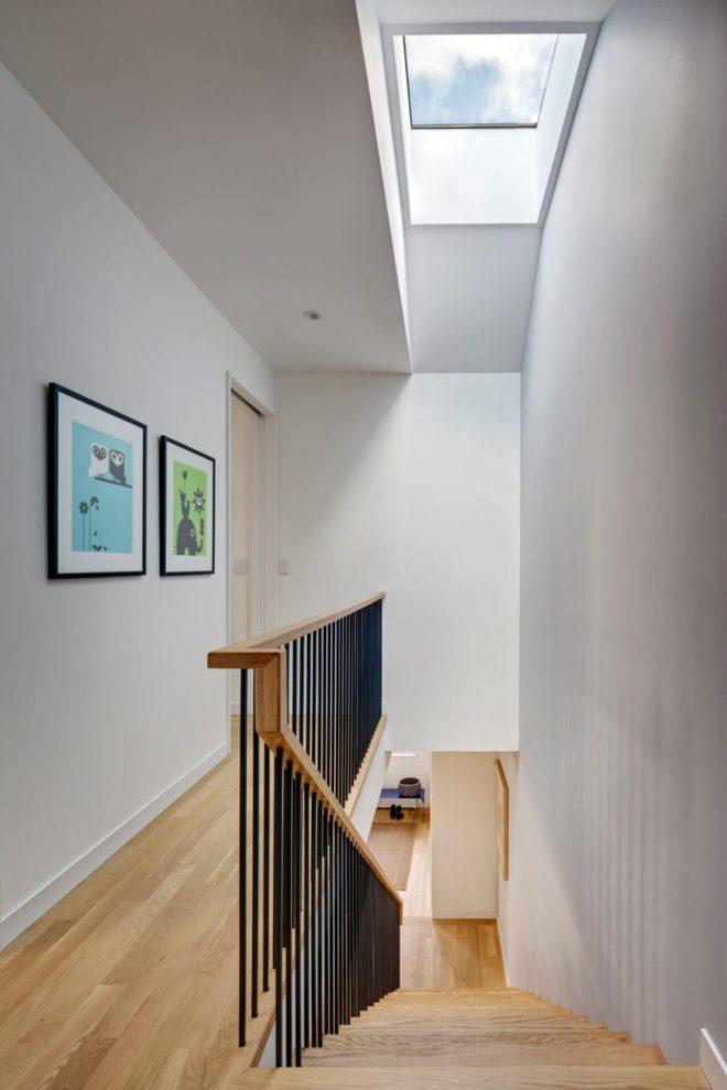 Diện tích chỉ 30m², ngôi nhà bằng gỗ dưới đây vẫn vô cùng hiện đại và bắt mắt - Ảnh 9.