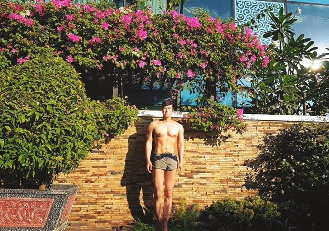 Ngắm căn hộ rộng đến 200m² và khu vườn view đẹp như trong mơ của nam ca sĩ Nathan Lee ở ngay Q1, Sài Gòn - Ảnh 5.