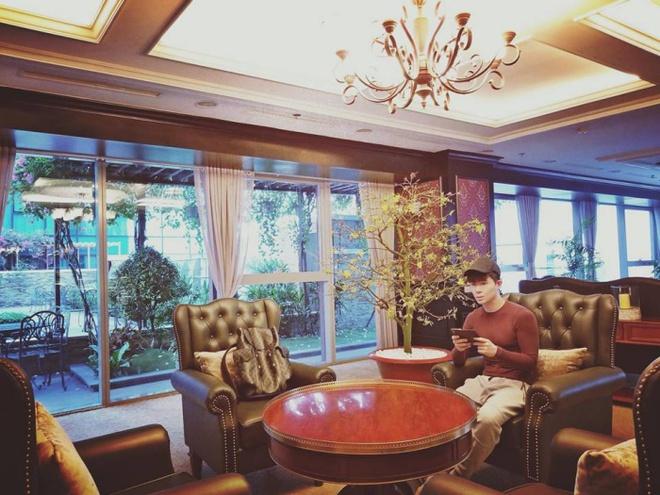 Ngắm căn hộ rộng đến 200m² và khu vườn view đẹp như trong mơ của nam ca sĩ Nathan Lee ở ngay Q1, Sài Gòn - Ảnh 13.