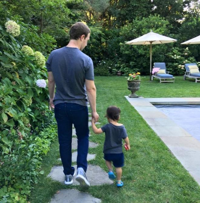 Căn biệt thự hết sức giản dị của tỷ phú Mark Zuckerberg - ông chủ mạng xã hội Facebook - Ảnh 20.