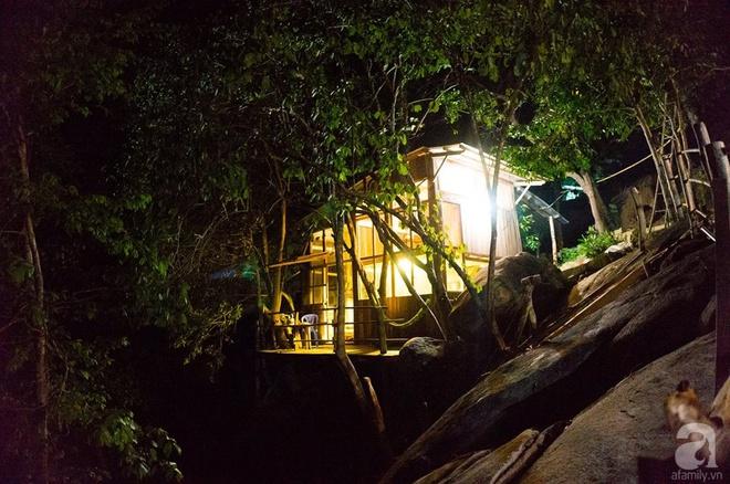 Đạo diễn trẻ bỏ Sài Gòn ra đảo sống trong căn nhà gỗ có view biển đẹp ngỡ ngàng   - Ảnh 10.