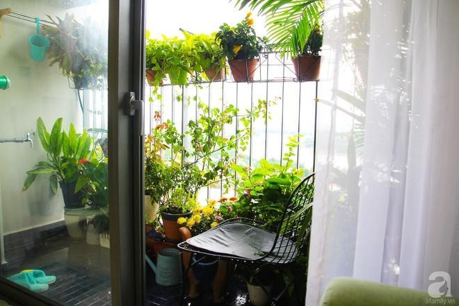 Căn hộ 73m² thoáng đãng, ngập tràn màu xanh cây cỏ ở trung tâm Sài Gòn của cô gái độc thân cá tính - Ảnh 9.