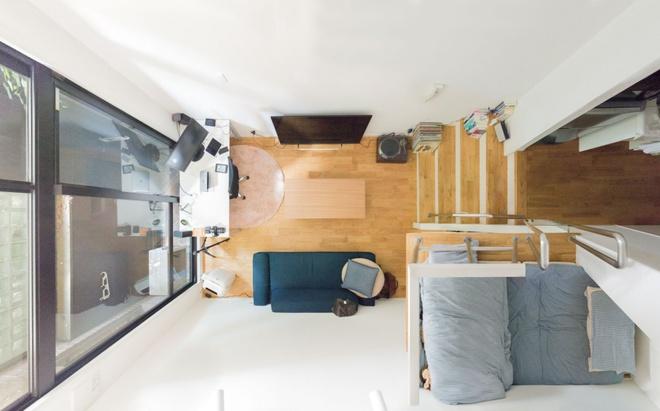 Căn hộ nhỏ chỉ vỏn vẹn 10m² trên tầng áp mái xinh vô cùng của chàng trai trẻ ở Tokyo, Nhật Bản - Ảnh 1.