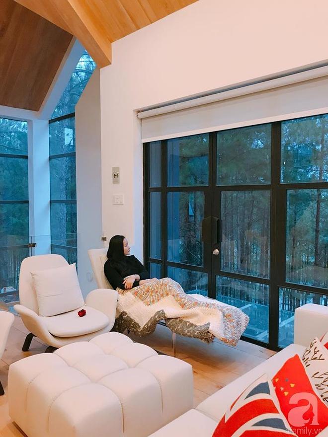 Biệt thự đẹp lãng mạn trên đồi thông ở Đà Lạt trị giá 25 tỷ đồng của siêu mẫu Phan Như Thảo và chồng đại gia - Ảnh 14.