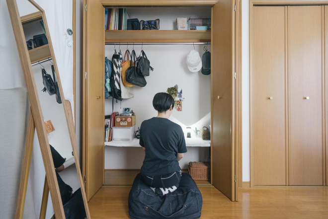 Hai chị em gái sống thoải mái trong căn hộ nhỏ xíu 25m² nhờ áp dụng nghệ thuật sắp xếp này  - Ảnh 3.